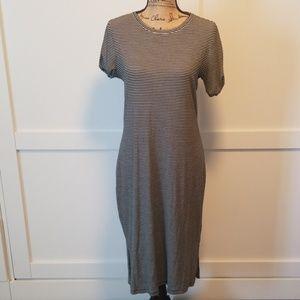 NWT Gap  Black/White Striped Midi Dress- LARGE